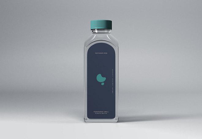 Прозрачный пластиковый флакон