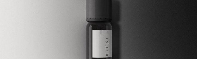 Мокап янтарной бутылки
